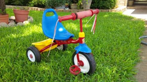 01 Radio Flyer Tricycle