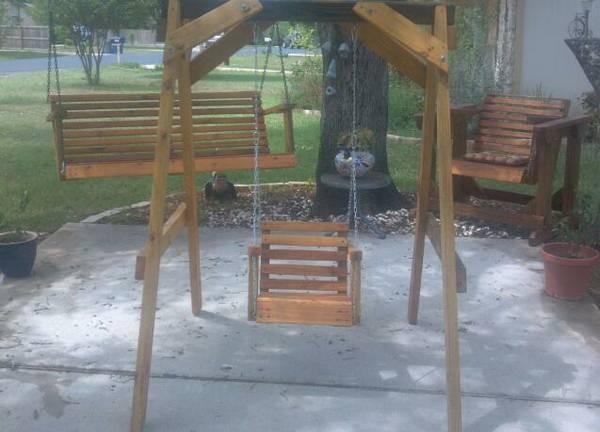03 Cedar Kids Swings