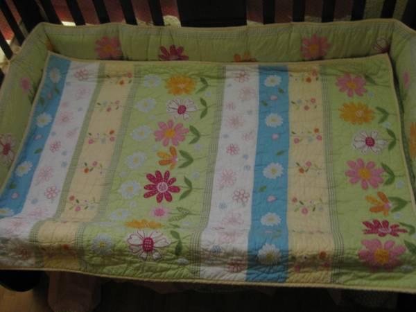 12 Daisy Garden Bedding Set