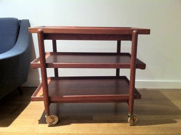 Hundevad Teak Cart Server