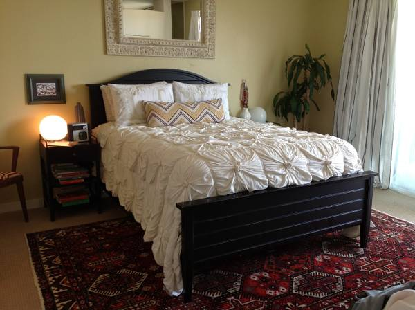 09 Crate and Barrel Queen Bed, Dresser, and Mirror