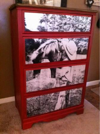 15 Custom Photo Dresser